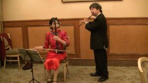 左:林悅子二胡 五島章太郎長笛合奏