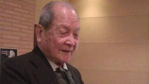 劉居橫先生三聲帶演唱