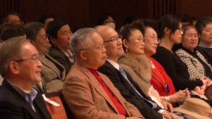 文化中心主任朱文清聆聽演唱會
