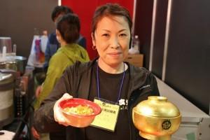 曾連續2年獲得金獎的海膽丼飯,獲邀參展,讓民眾有機會吃到登入「名丼堂」的美味