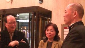 怡友會會長會長游泰慶與副會長蕭悧悧與合唱團指揮汪清劭同為高醫畢業
