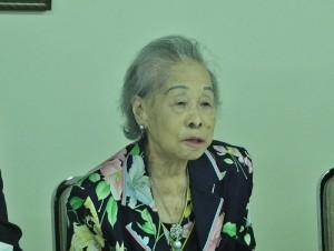 東京華僑婦女會名譽會長羅王明珠儘管年屆高齡,仍積極出席僑界活動,以身作則(圖攝於2015年7月11日東京華僑婦女會選舉,本報資料照)