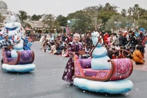 《冰雪奇緣》熱潮未退,迪士尼推出升級版遊行