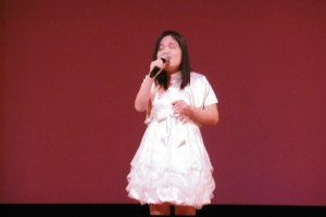 盲人歌手蕭湘婷歌藝精湛