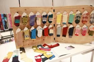 「+10」是由設計師和傳統的襪子業者第2代一起開創的新品牌,盼打進日本市場