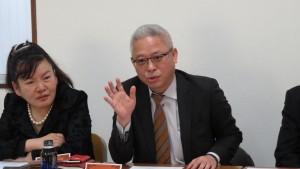 中:千葉台商會副會長鍾幸昌說明訪桃園 南投成果