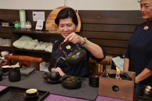 慈濟日本分會特別在館內設置靜思茶品茶區