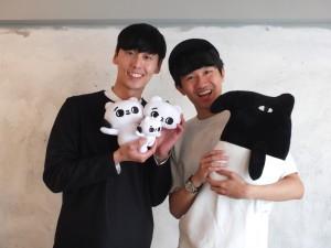 LAIMOの作者・Cherngさん(右)と爽爽猫の作者・SECONDさん(左)