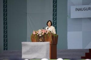 演説を行う蔡英文総統