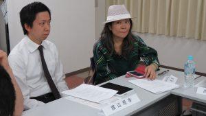 右:廖惠萍理事認為赴台展售需多加研討