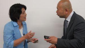 左:壽司老師竜川媛向講師提問