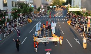 盛岡さんさ踊りのパレードで台湾文化をPR(提供:盛岡さんさ踊り実行委員会)