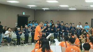介壽國中國樂團演奏,以音樂和當地民眾交流