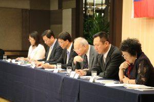 京濱地區僑務委員列席參加僑務座談會(圖右3為駐日副代表郭仲熙)