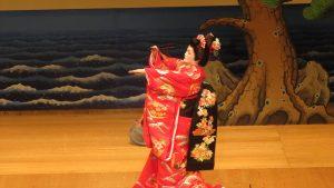 日本舞服裝繁複