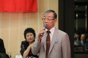 日本中華聯合總會會長毛友次表示在日僑團應團結