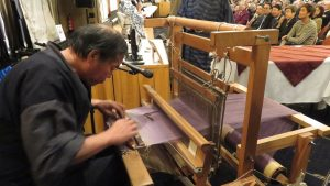 現場示範傳統和服織法