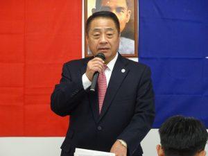主席大阪直屬支部中央評議委員李忠儒