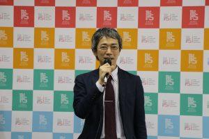 交流協會總務部長柿澤未知希望和台灣留學生加強溝通