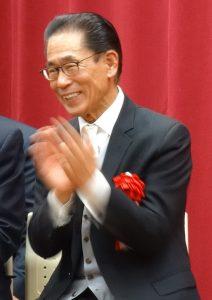 理事長羅辰雄出席畢業典禮當時,雖已身體不適,仍奮力為學生祝賀。
