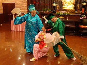 會員表演「戲鳳」、唱作俱佳,贏得熱烈掌聲。
