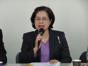 會長俞秀霞報告任內目標、盼增加會員總數達101及招攬大阪以外地區台商入會。