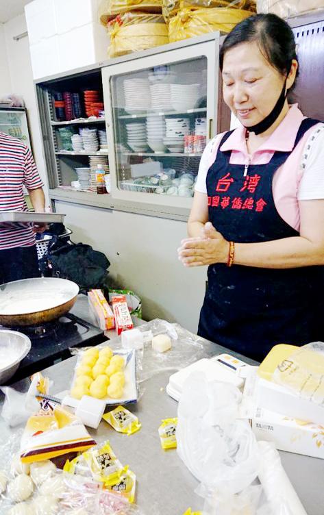 上島會長希望透過月餅讓台灣人一解鄉愁,也讓日本人認識台灣的糕餅